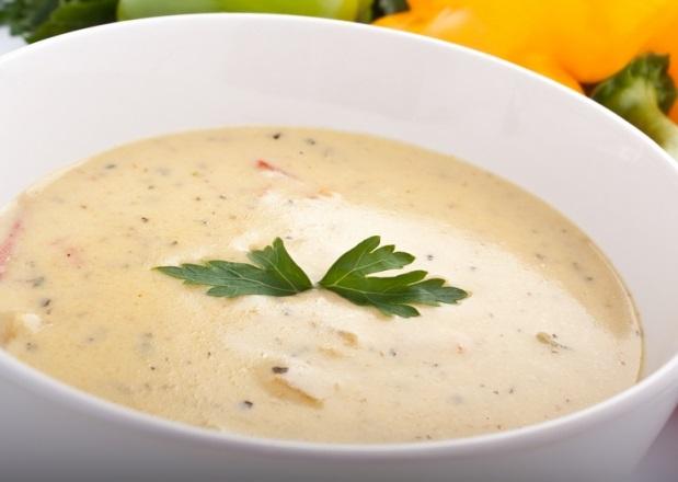 Суп-пюре из белой фасоли с розмарином