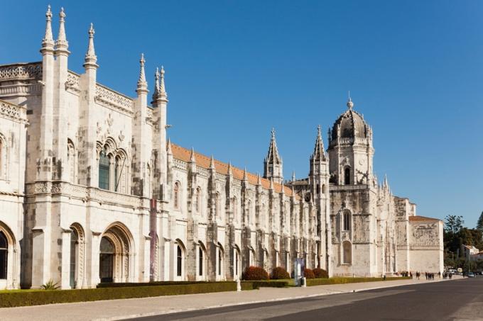 монастырь Жеронимуш фото