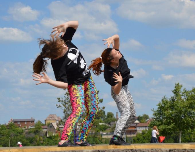 В современных танцах большая роль отводится импровизации