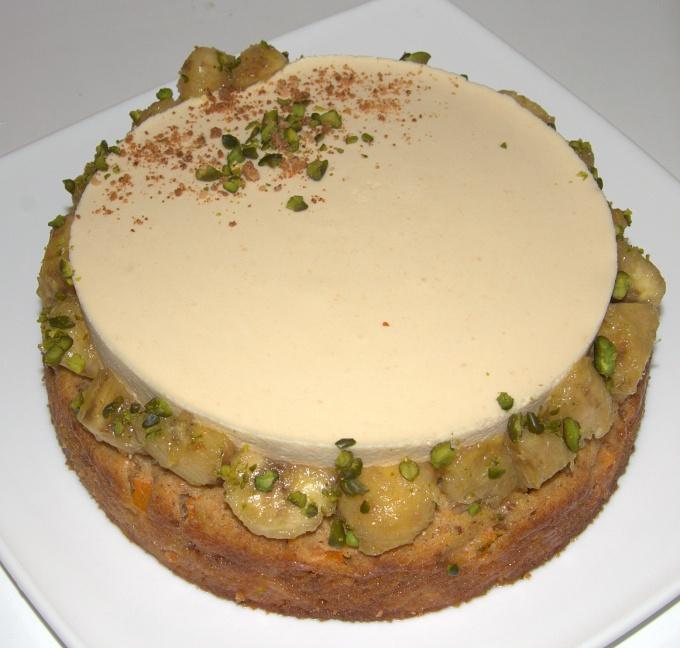 Торт с нектаринами и манго