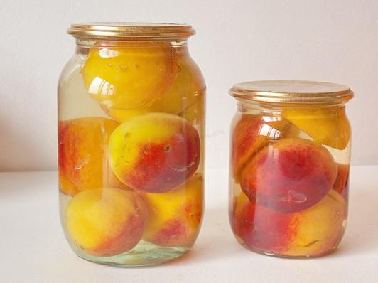 Компот из персиков «Медок»