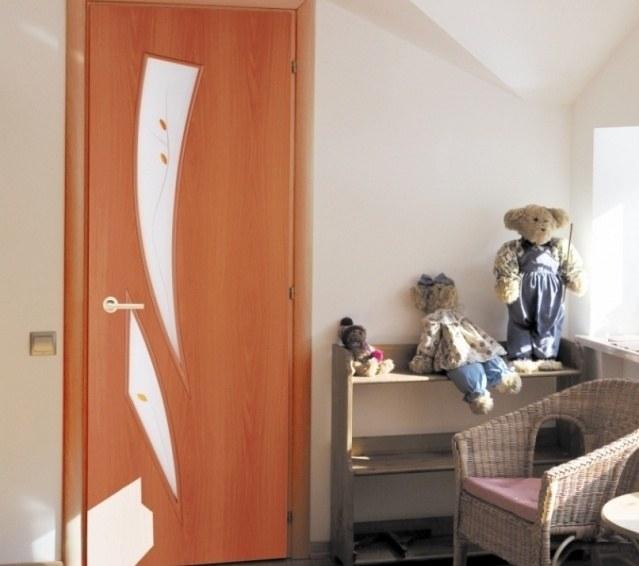 Как заменить стекло в двери