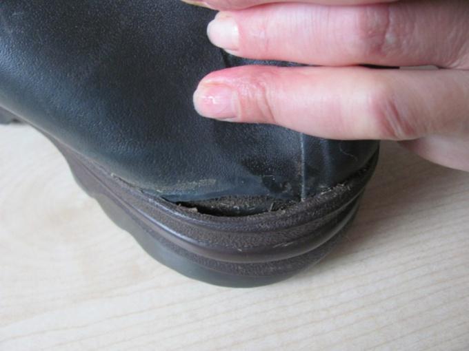 Как самому заклеить обувь