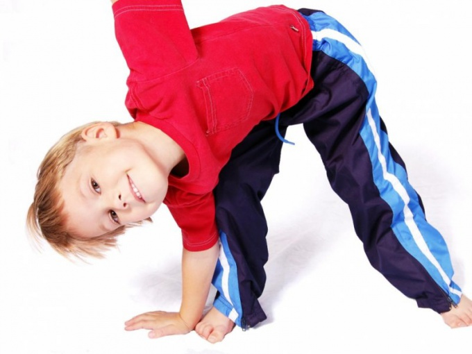 Как мальчику накачать мышцы живота