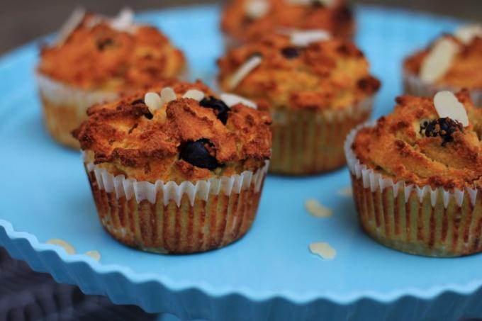 Как приготовить чернично-абрикосовые маффины с миндальной мукой