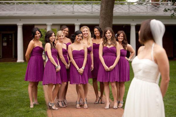 Варианты одежды для подружек невесты