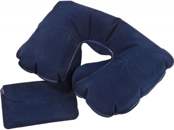 Путешествовать с надувной подушкой очень удобно
