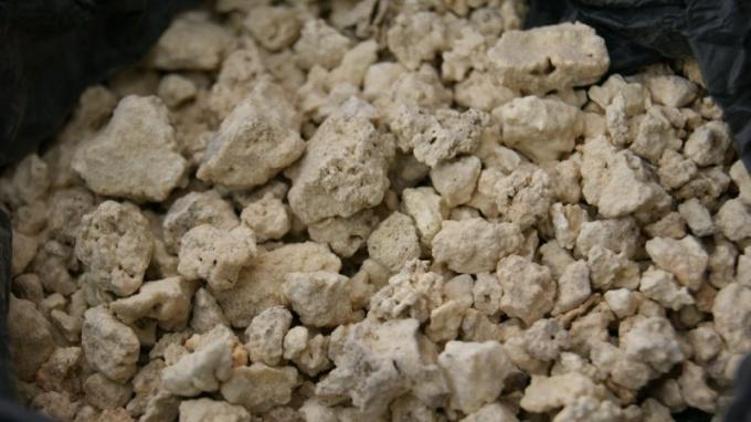 Что такое каменное масло