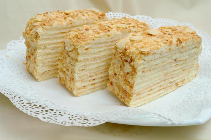 """Как приготовить классический торт """"Наполеон"""""""