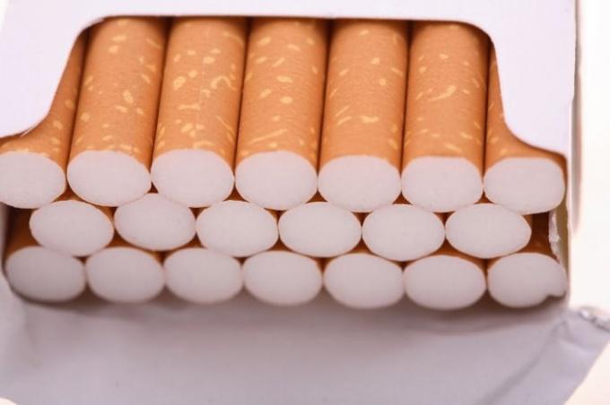 Какие самые дорогие сигареты