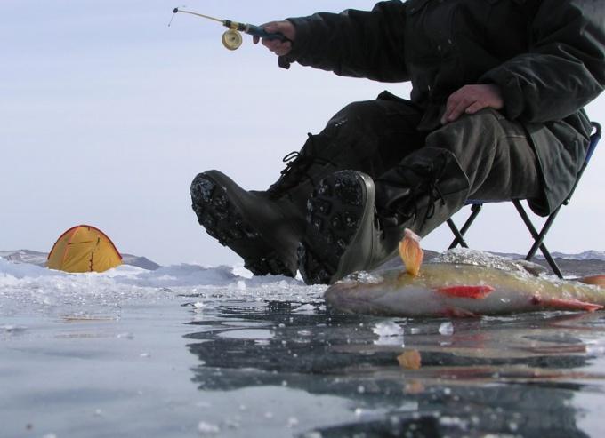 Сапоги для зимней рыбалки должны быть прочными и теплыми