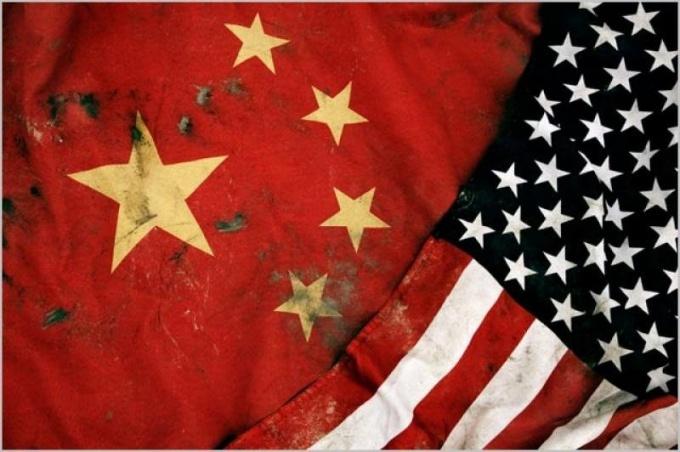 http://topwar.ru/uploads/posts/2013-03/1362381273_bandiere-cinese-americana-176185.jpg
