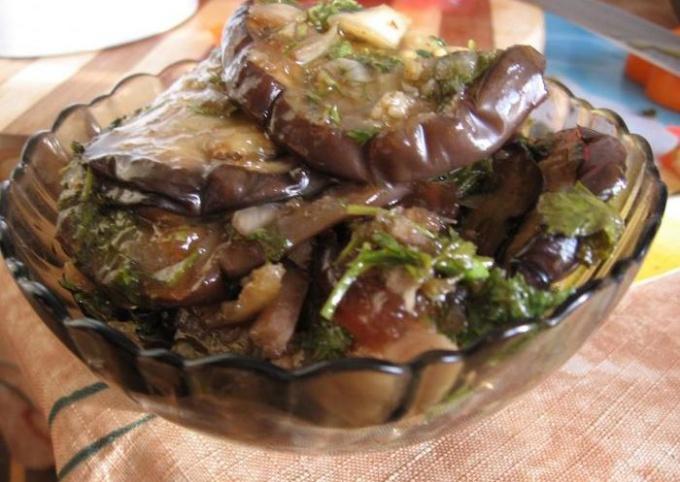 Аппетитные маринованные баклажаны