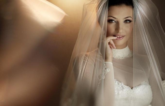 Откуда возникла традиция надевать фату на свадьбу