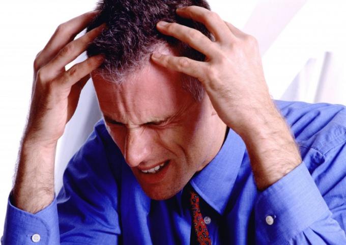 Как болит голова при низком давлении