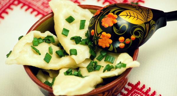 Как приготовить грибные вареники с крапивой