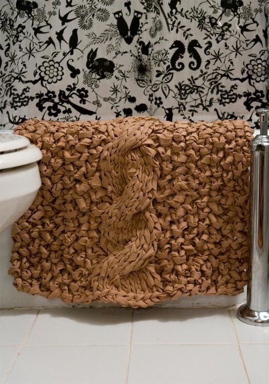 Делаем коврик в ванную своими руками