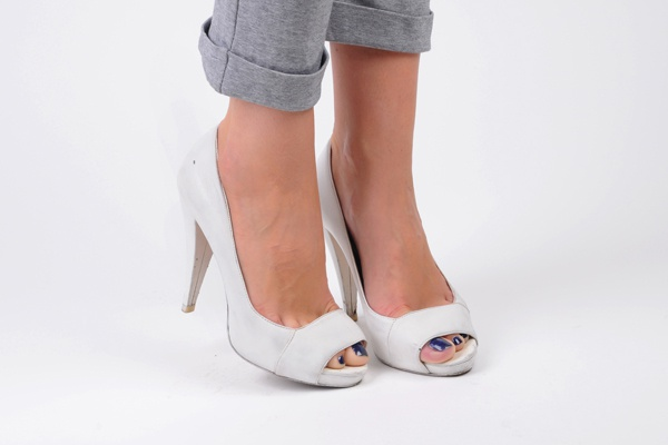 Как преобразить старые туфли