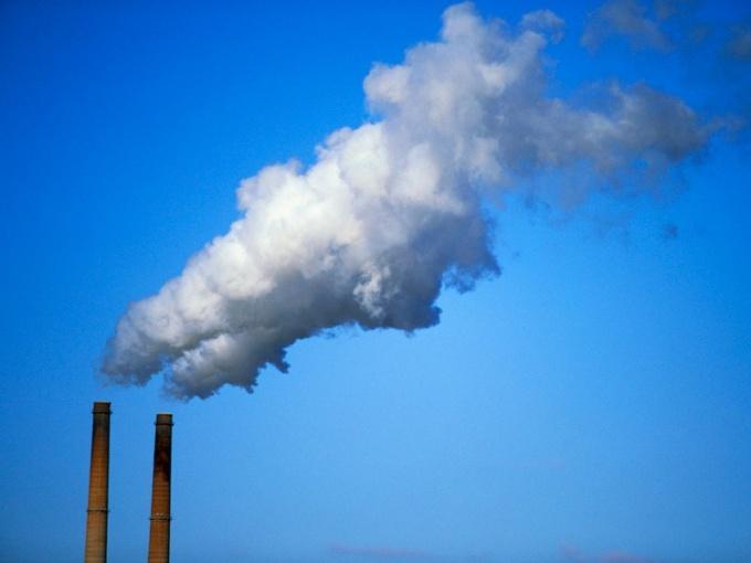 К каким химическим элементам относится углерод
