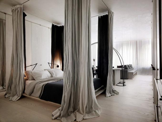 Как отделить спальное место с помощью шторы