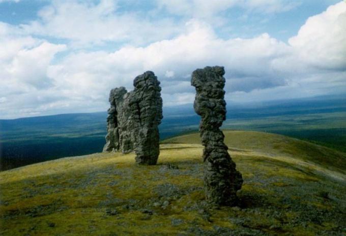 Маньпупунёр, Столбы выветривания, останцы, геологическое чудо