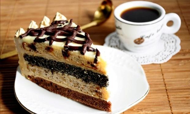 Как приготовить маково-ореховый торт со сгущенкой