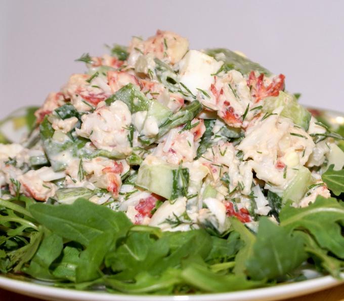 Как приготовить салат из ветчины с огурчиками и помидорами