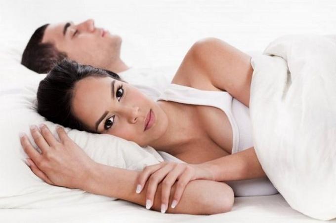 Симптомы молочницы могут проявляться у мужчин, женщин и даже детей