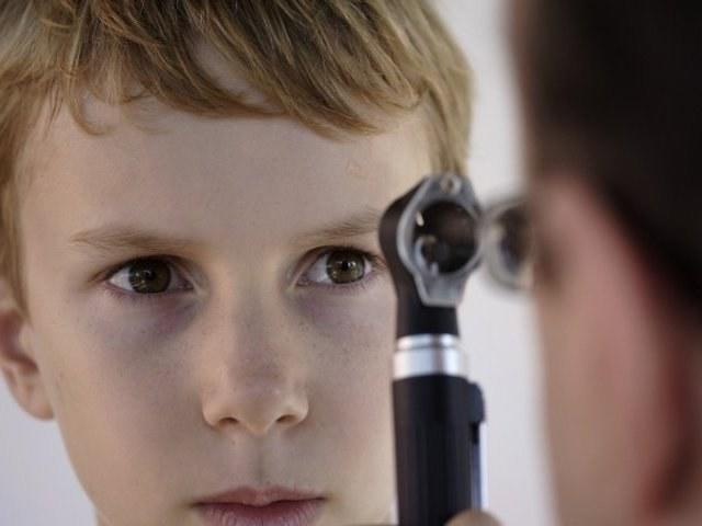 Как у детей проверяют глазное дно