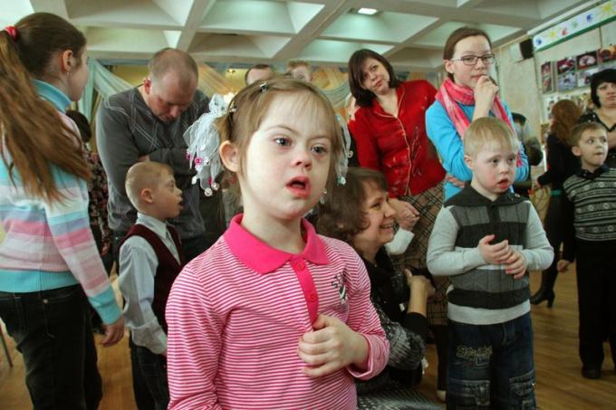 Характерный внешний вид ребенка с синдромом Дауна