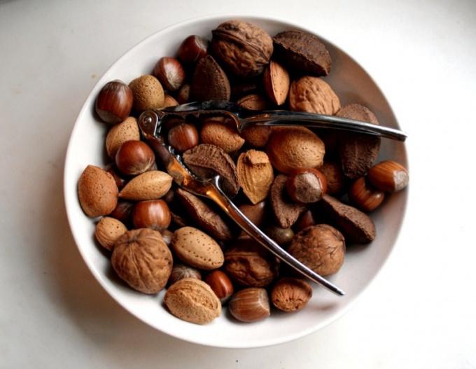 Какие орехи лучше всего есть
