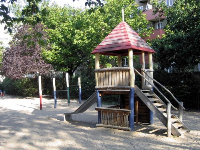 Детский сад начинается с участка