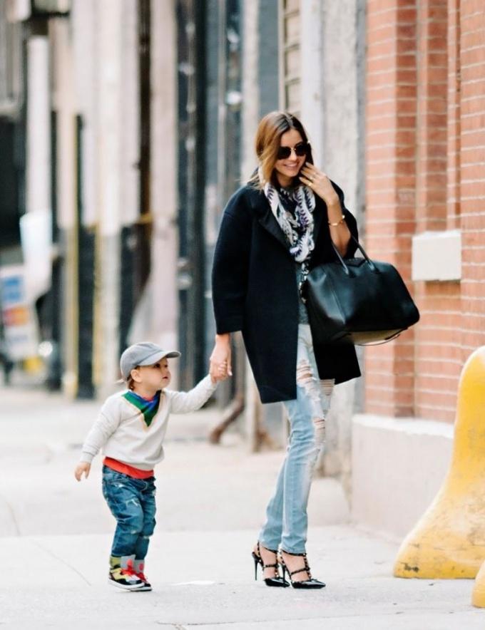 Даже с ребенком мама может выглядеть отлично