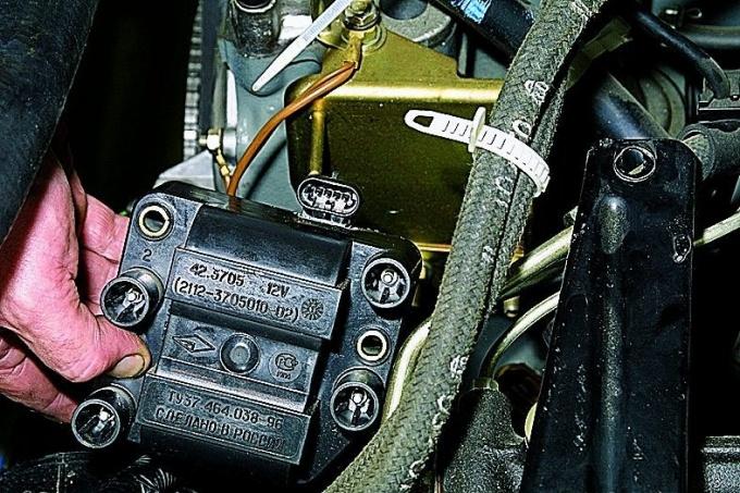 Модуль зажигания для восьмиклапанного двигателя автомобилей ВАЗ выше десятого семейства