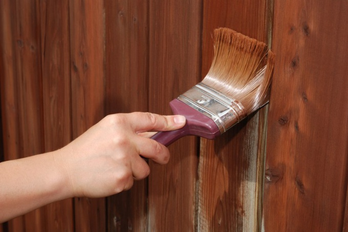 Staining of fence