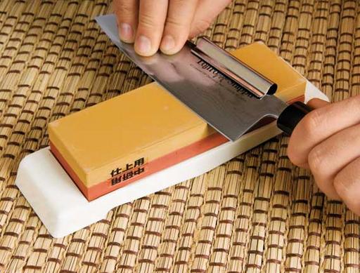 Как лучше всего точить ножи