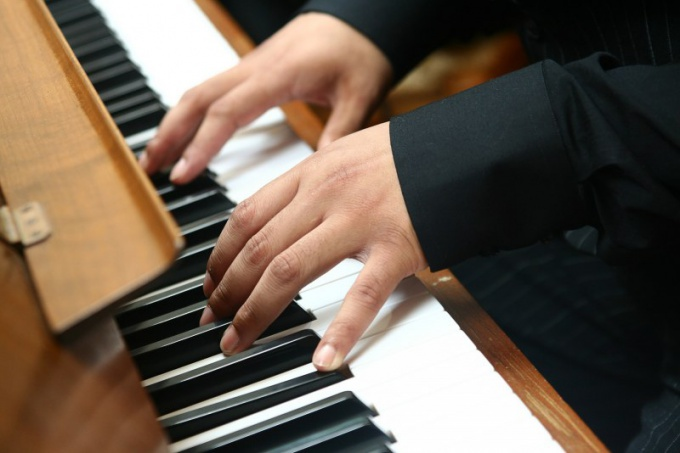 Тональность ля-мажор у пианистов считается удобной