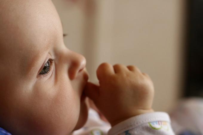 Как записать ребенка не на мужа