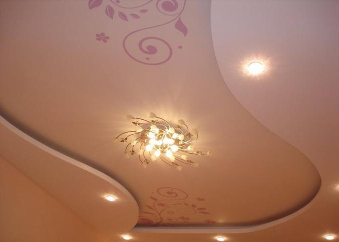 Для конструкций из гипсокартона рекомендуется выбирать водоэмульсионные или вододисперсионнные краски