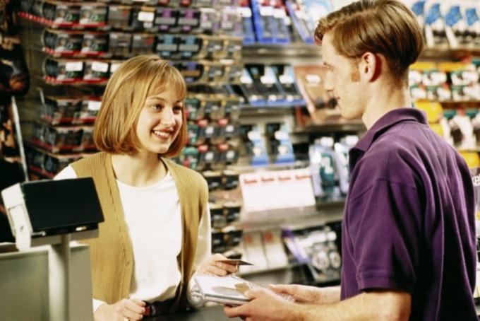 Проверить продавца можно несколькими способами
