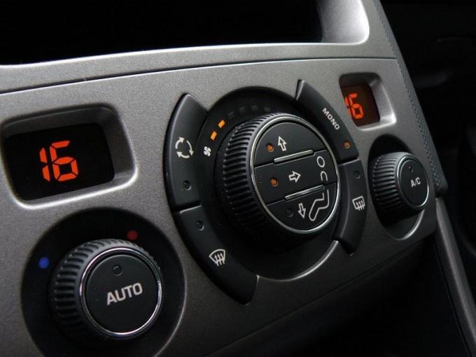 Как включать кондиционер в машине