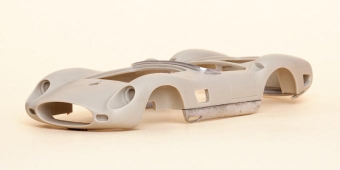 Деталь модели автомобиля из стеклоткани
