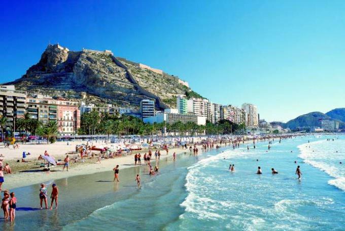 Лучшие испанские курорты для летнего отдыха