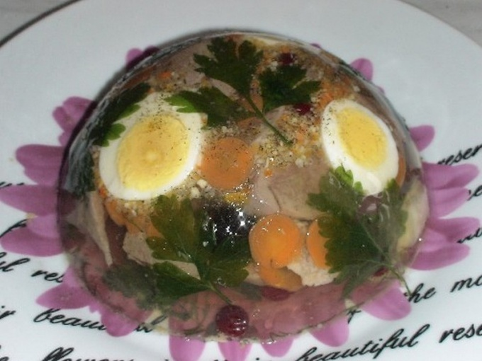 Как приготовить заливное из индейки с овощами