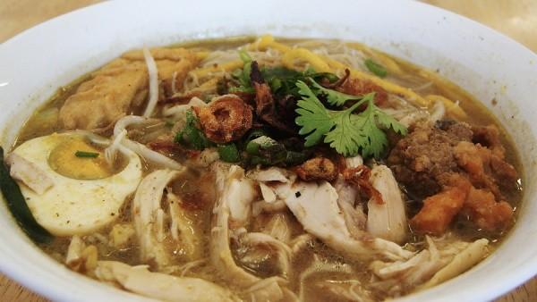 Куриный суп с соевыми ростками