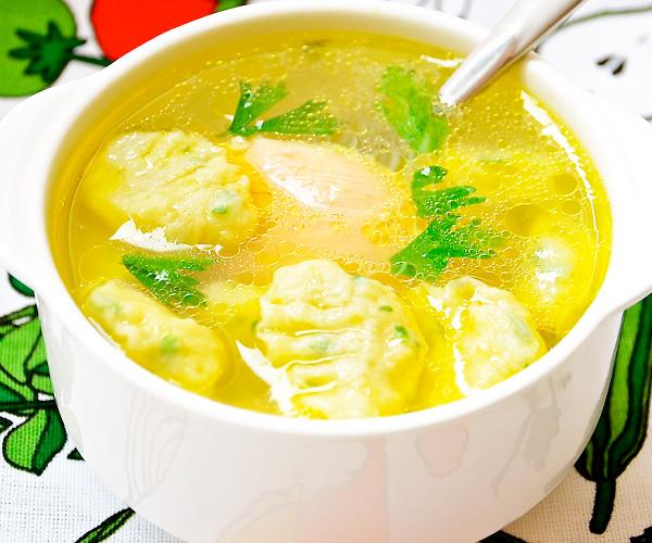 Приготовить суп с кнедликами
