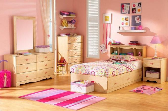 Как оформить уютную детскую комнату для девочки