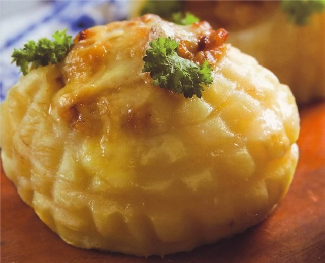 Картофель под тминным соусом