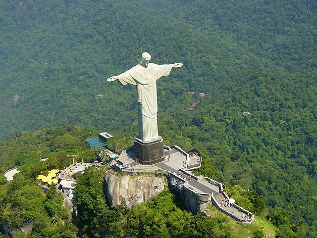 Статуя Христа Спасителя в Рио-де-Жанейро: история строительства