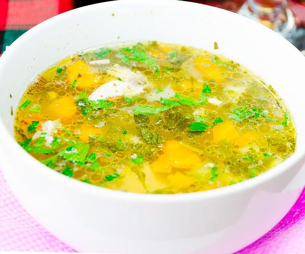 Приготовить суп с курицей в мультиварке